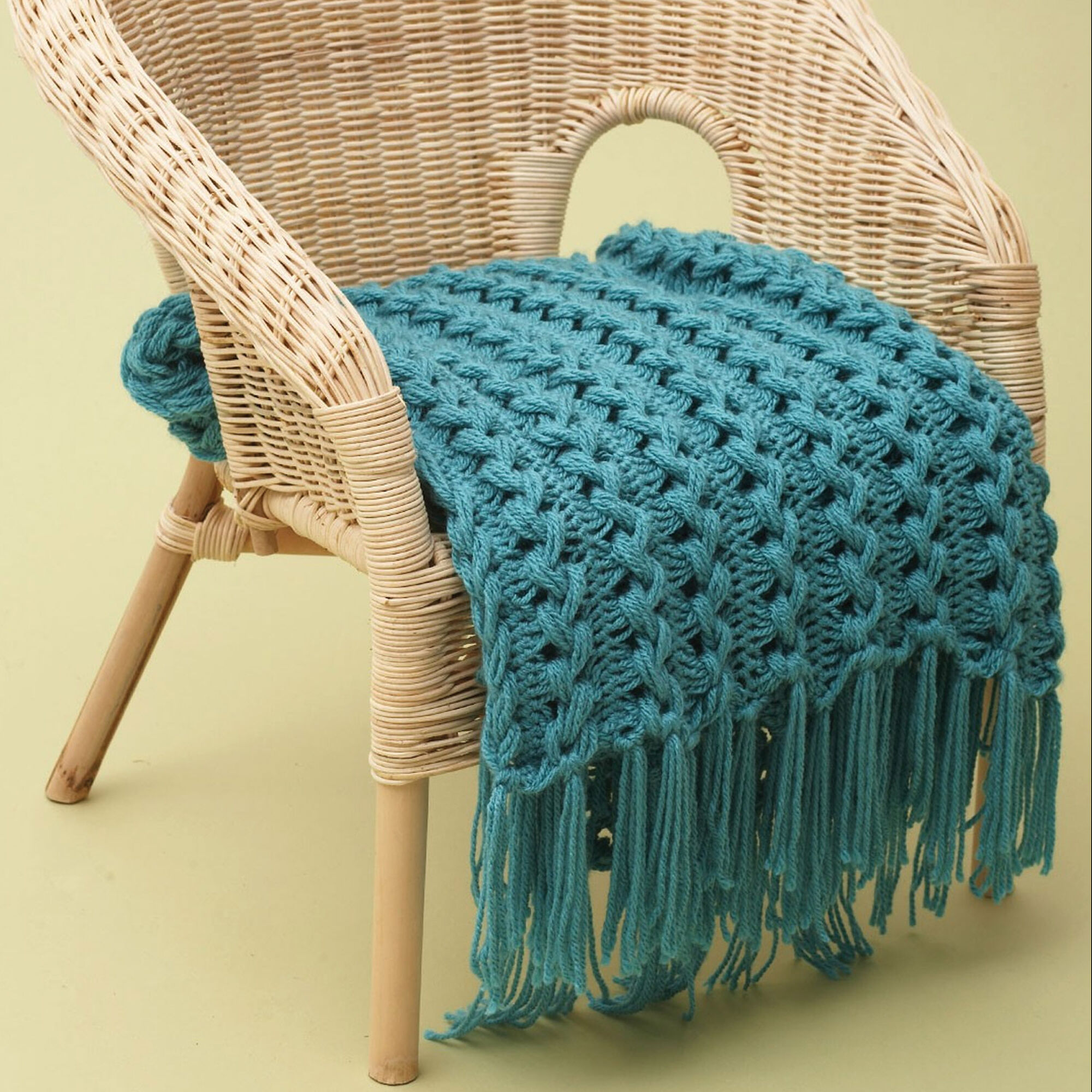 Bernat Hairpin Lace Baby Blanket | Yarnspirations