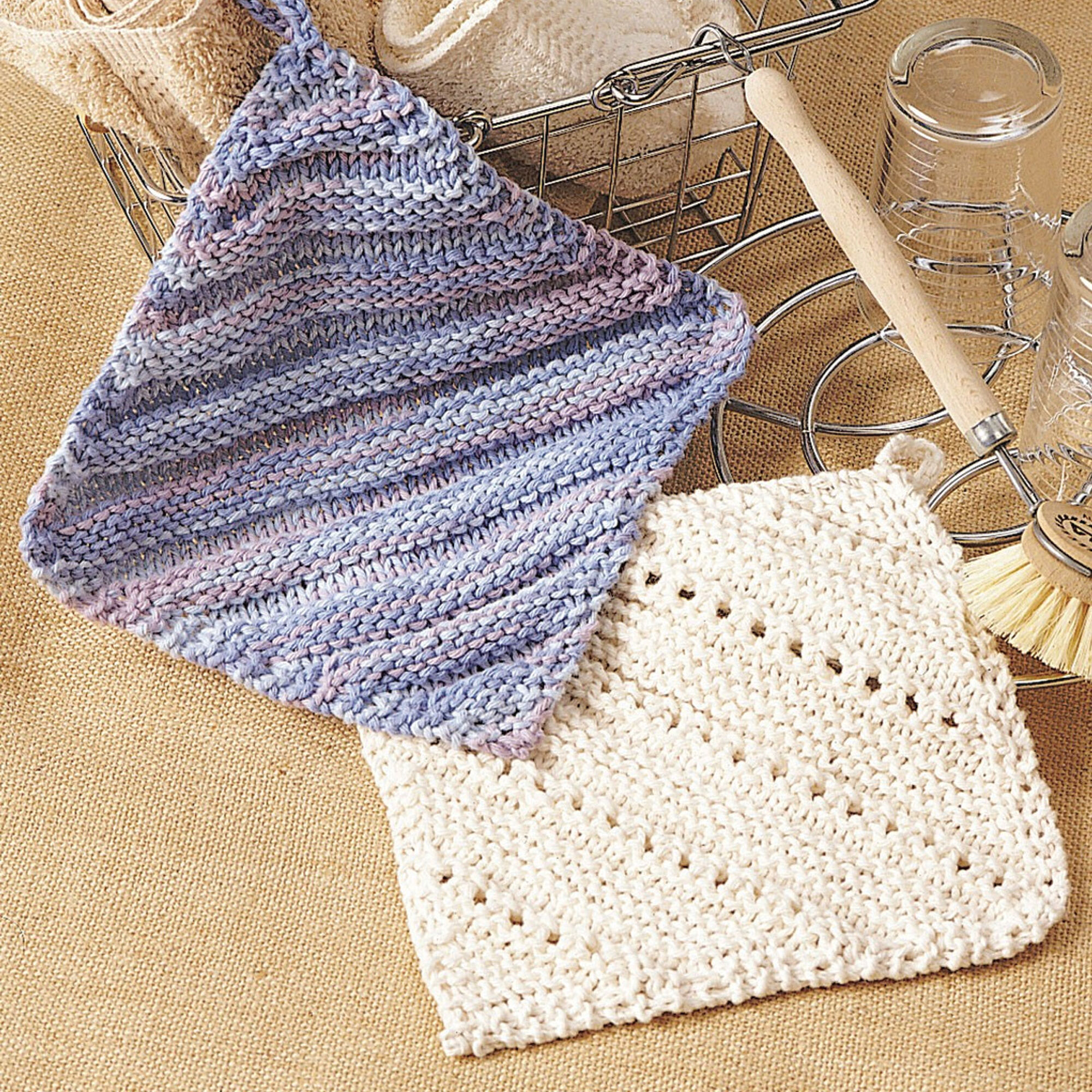 Bernat Eyelet & Ridge Dishcloth Pattern | Yarnspirations