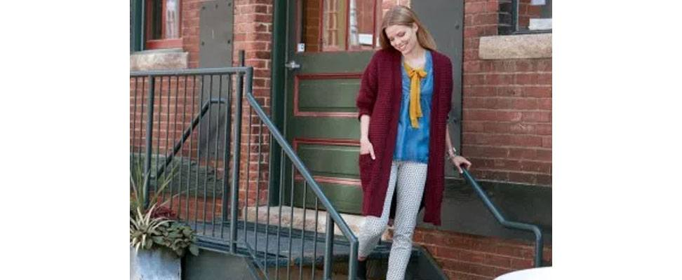 Long Weekend Knit Cardigan in Patons Classic Wool Worsted yarn