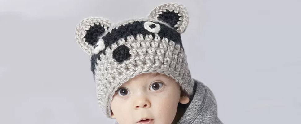 Racoon hat in size 6-12 months