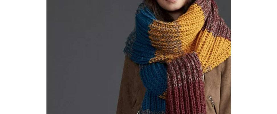 Crochet Marled Super Scarf in Patons Classic Wool Worsted yarn