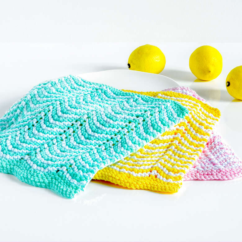 Peaches and Crème zig zag knit dishcloth