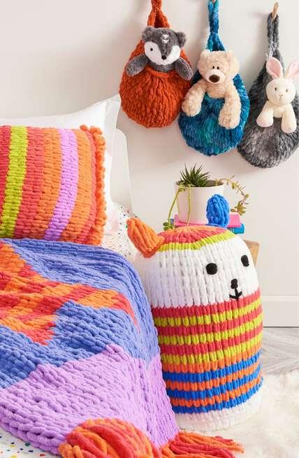 Bernat boutique, explore our new EZ Stripe patterns.