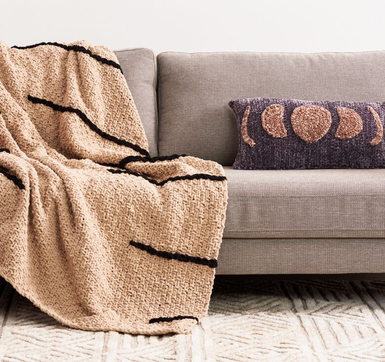 Create timeless pieces to last through the ages with Bernat patterns.