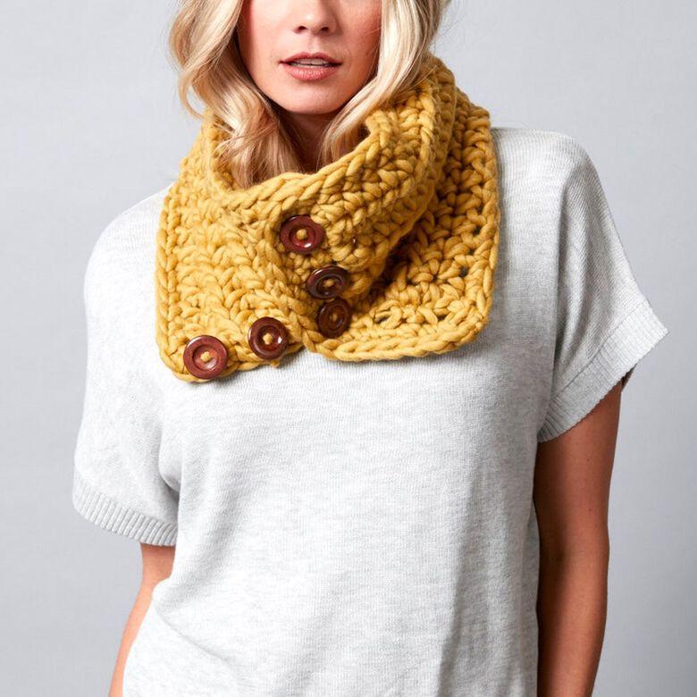 Cool button up crochet cowl