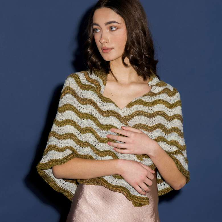 Patons boutique. Shawls & wraps, easy layers to take on the go.