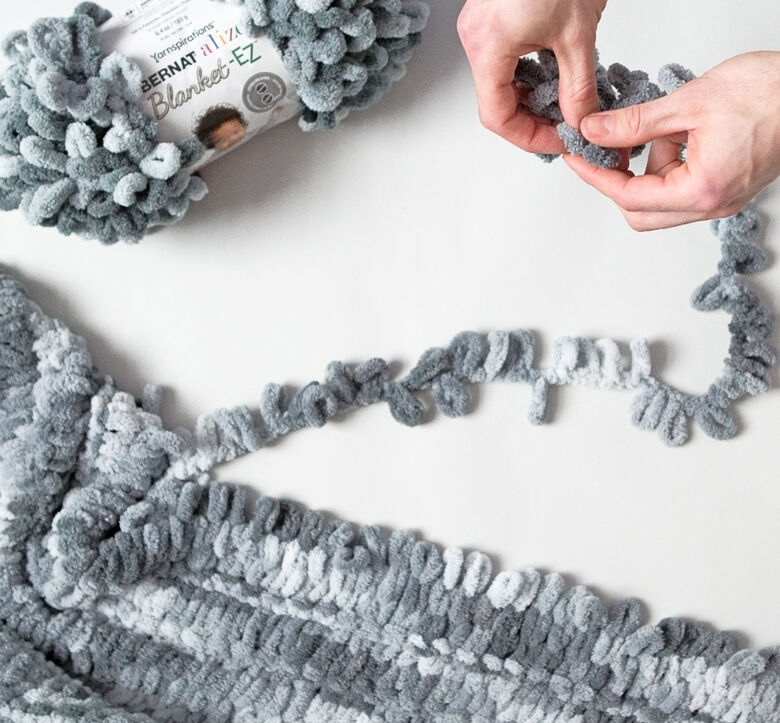 Bernat stitch with your hands