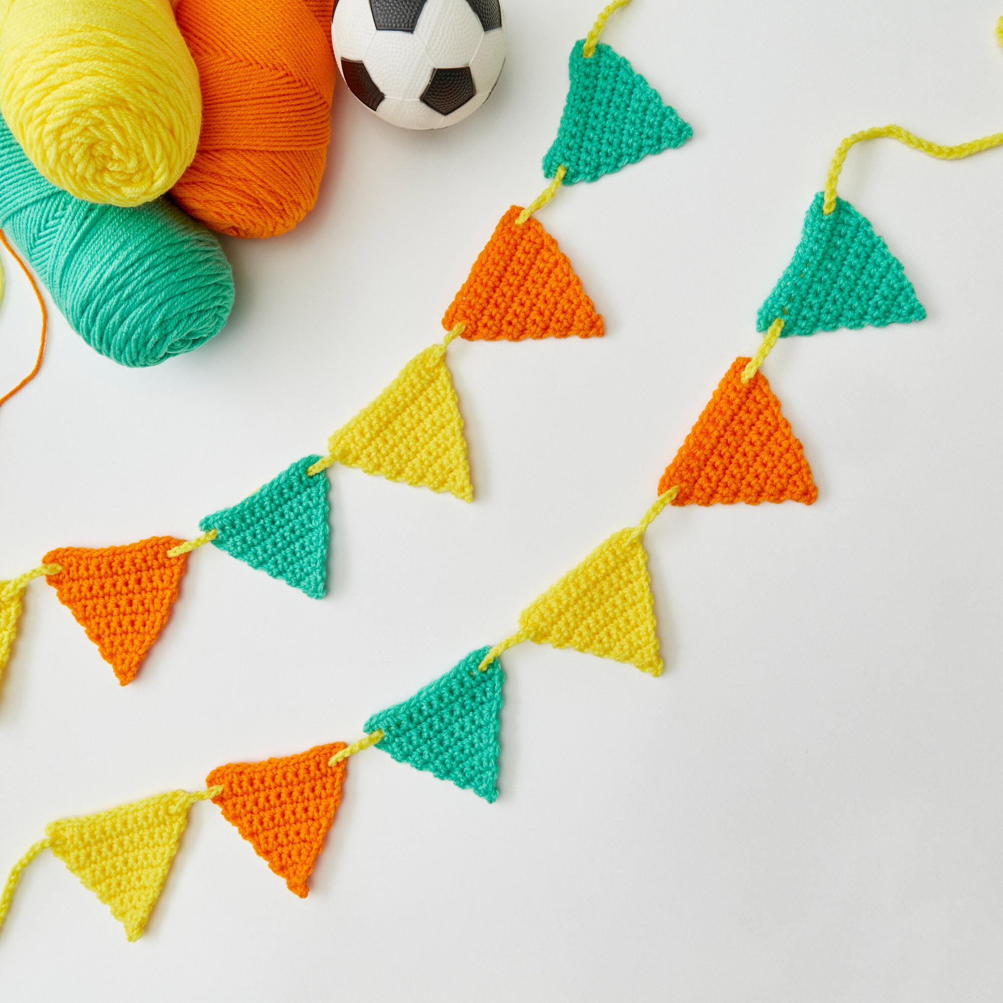 Red Heart Beginner Crochet Banner Yarnspirations