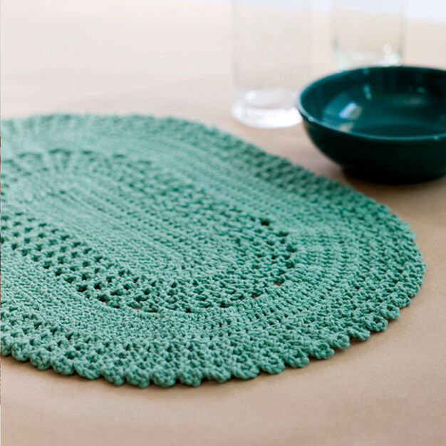 Red Heart Table Lace Placemat in color