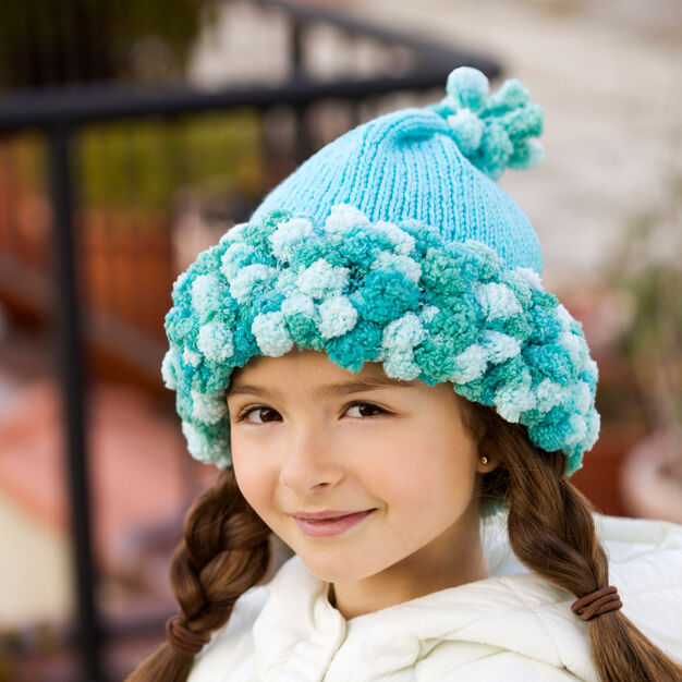 Red Heart Knitted Hat, S in color
