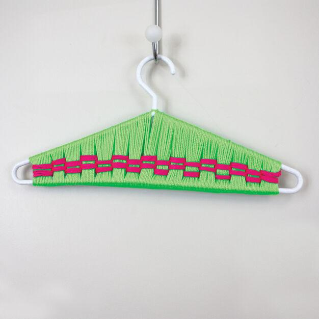 Caron Kid's Craft - Hanger