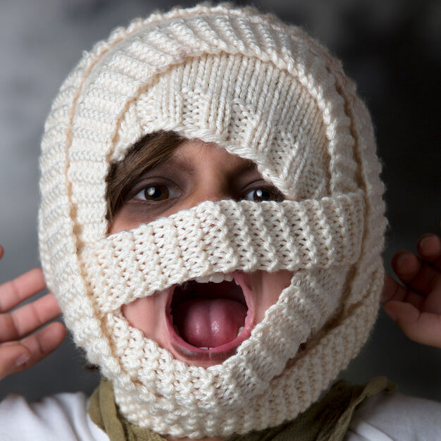 Red Heart Mummy Hat, Child in color