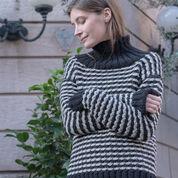 Red Heart Abbraccio Sweater, S