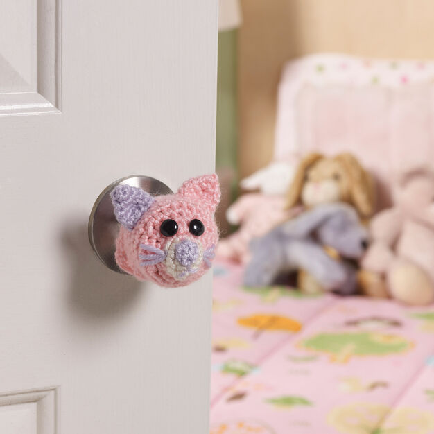 Red Heart Kitty Doorknob Cozy in color