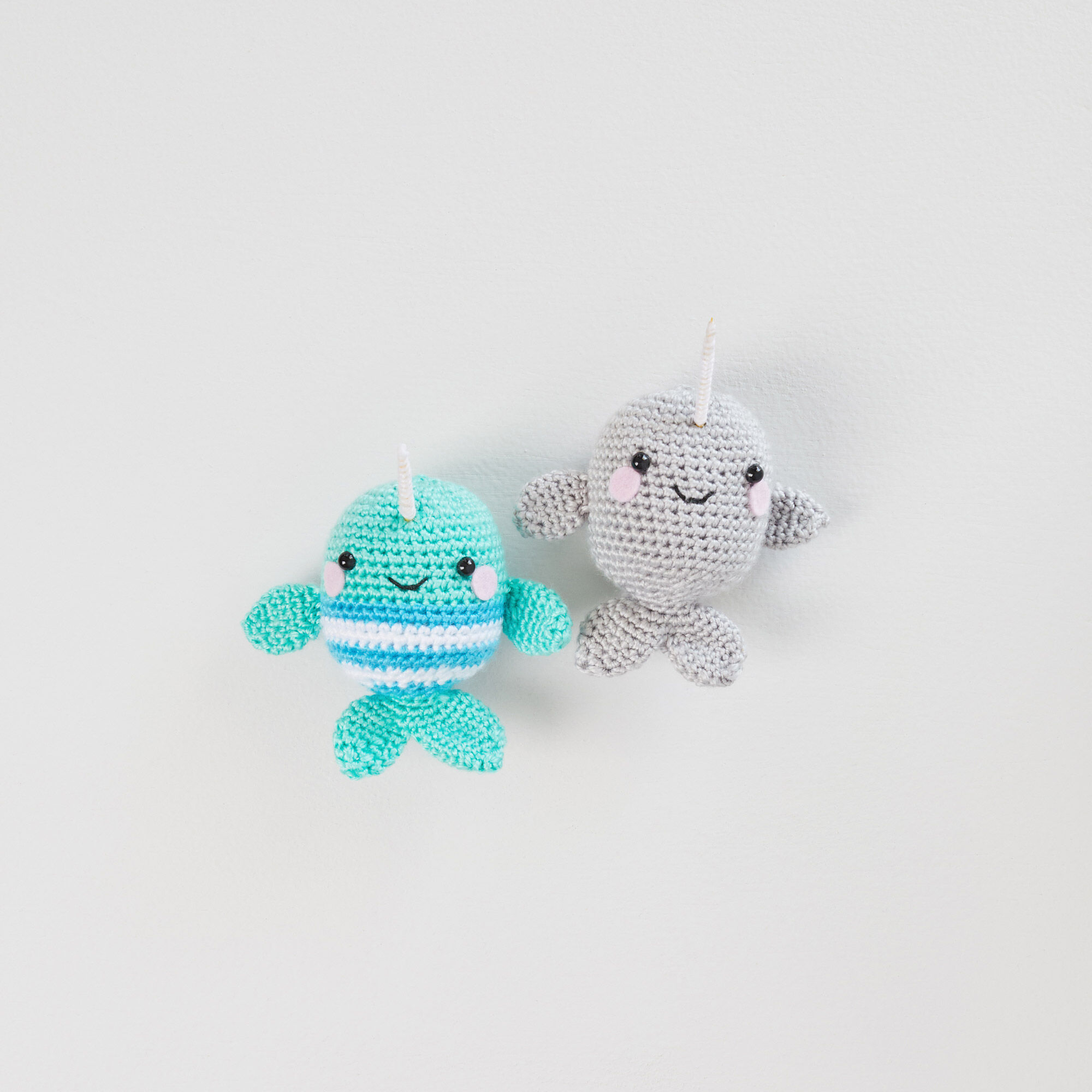 Red Heart Amigurumi Happiness Look Book by Red Heart Yarns - issuu | 2000x2000