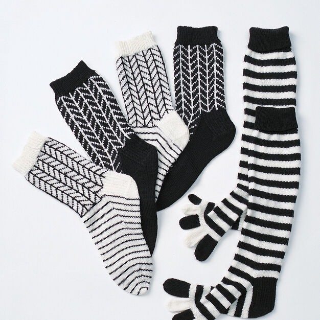 Patons Graphic Chevrons, S