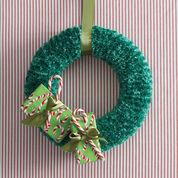 Bernat Holidays Christmas Wreath to Knit