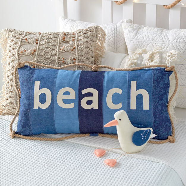 Coats & Clark Coastal Cues Beach Pillow in color