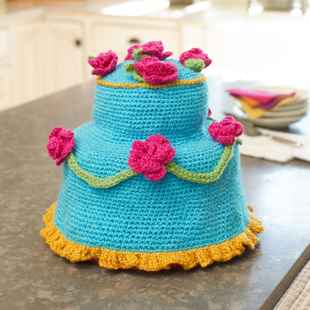 Red Heart Fancy Cake Cover in color