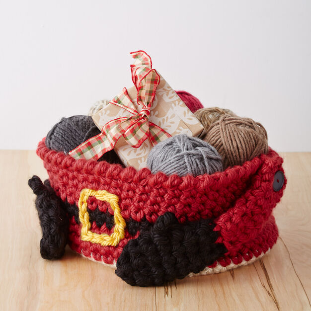 Bernat Santa's Gift Basket in color
