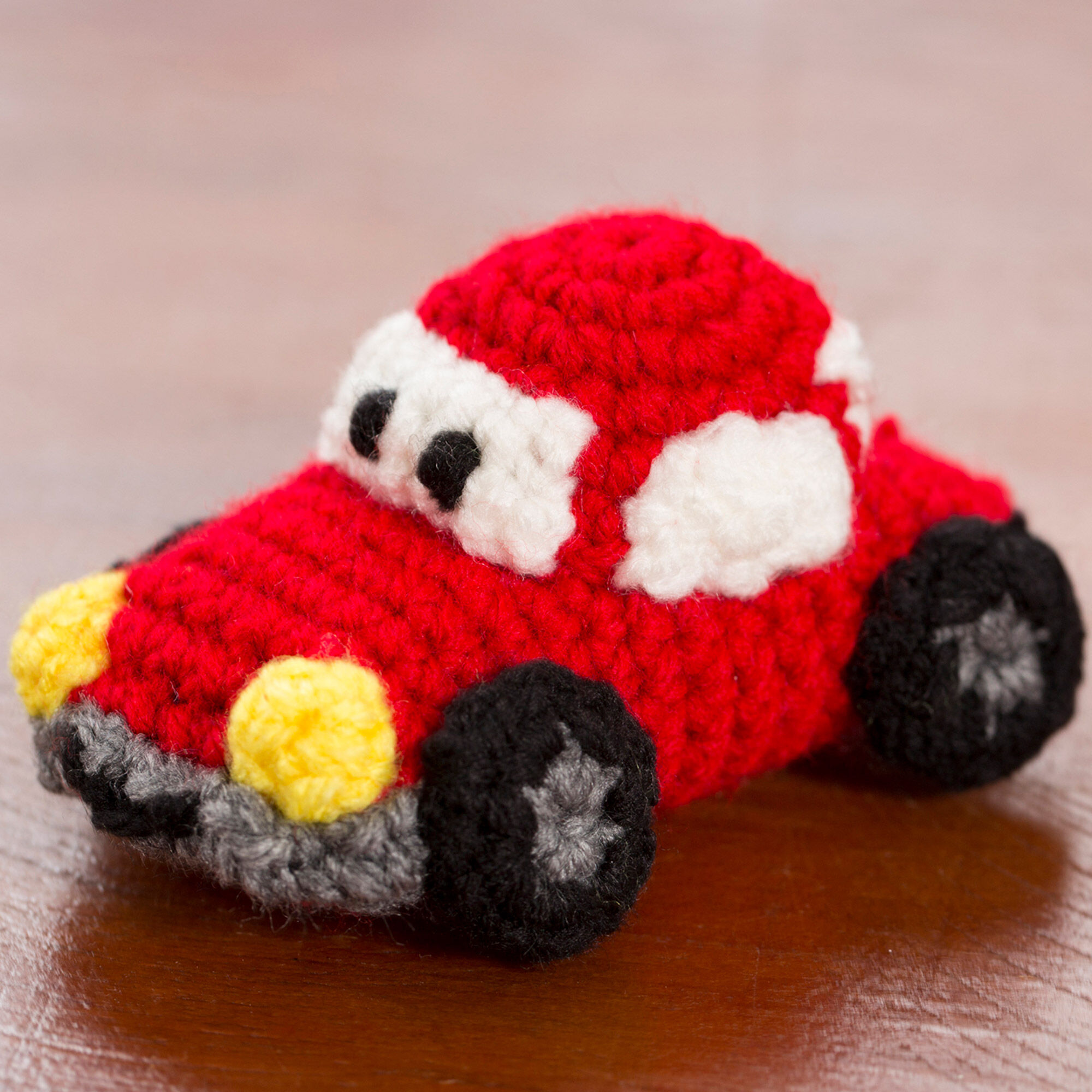 Amigurumi Crochet Car Free Patterns - Amigurumi Patterns Tutorials | 2000x2000