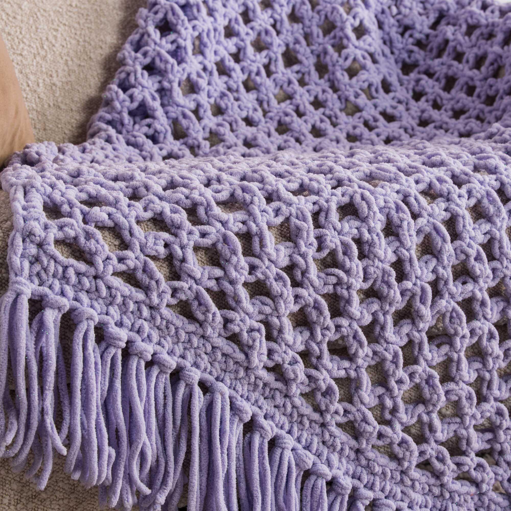 Bernat Love Knot Crochet Blanket Sparkle | Yarnspirations