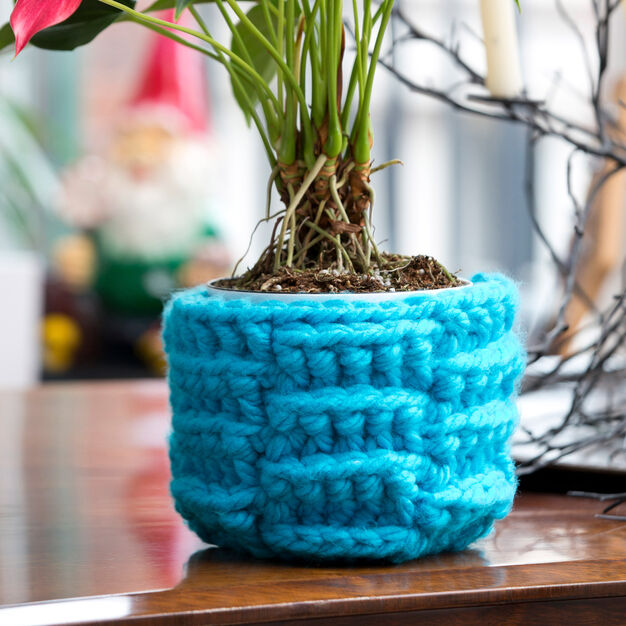 Red Heart Bright Weave Plant Cozy in color