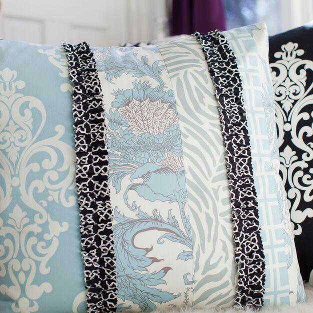 Coats & Clark Ruffle Trim Floor Cushion