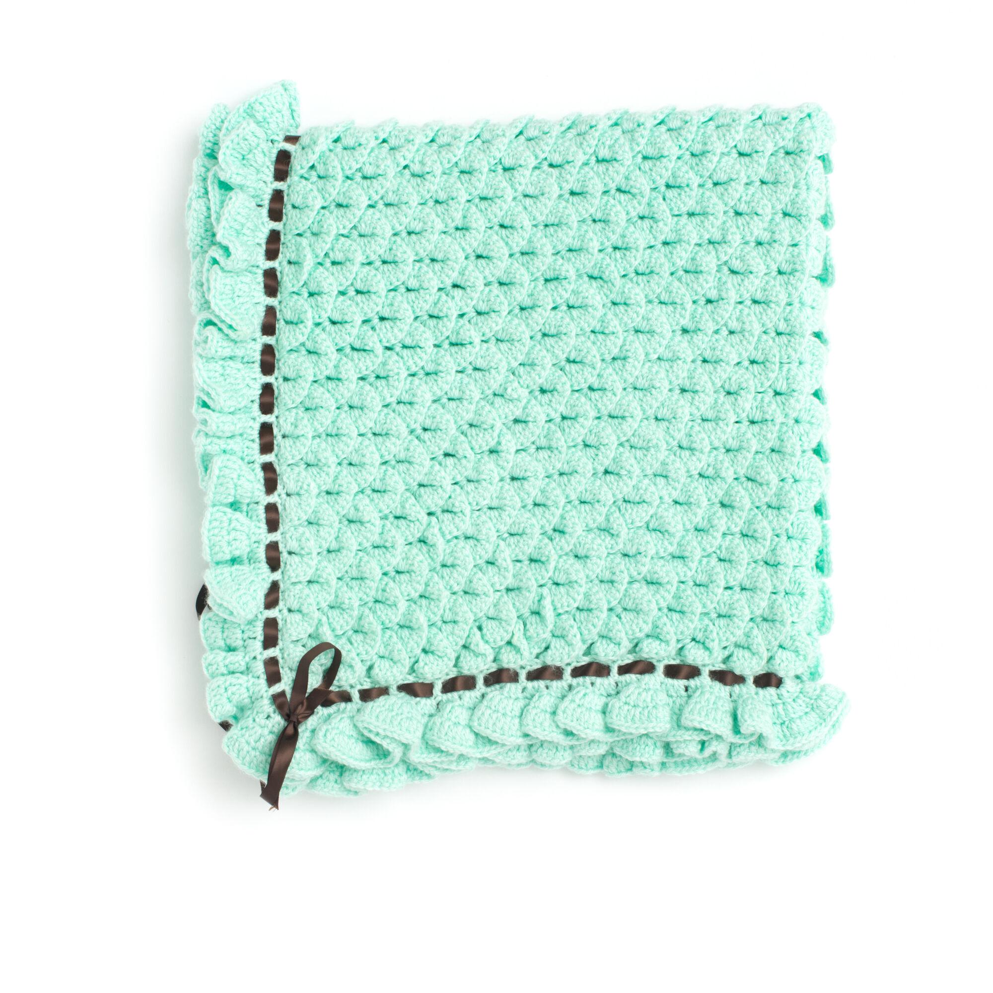 Bernat Crocodile Stitch Baby Blanket | Yarnspirations