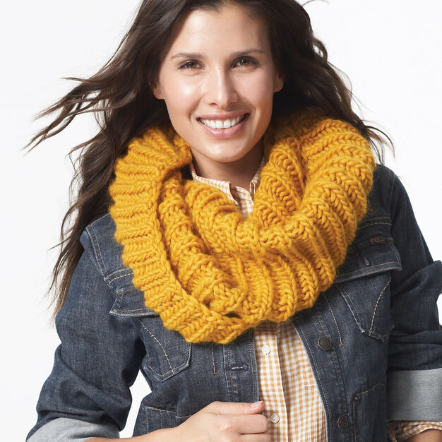 Patons Twisted Cowl in color