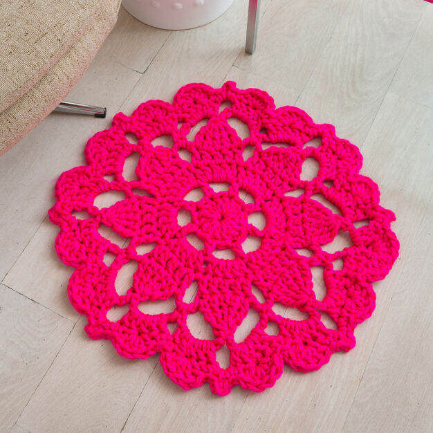 Red Heart Pretty in Pink Rug