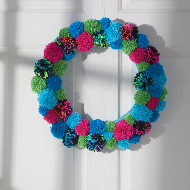 Red Heart Welcoming Pom Wreath