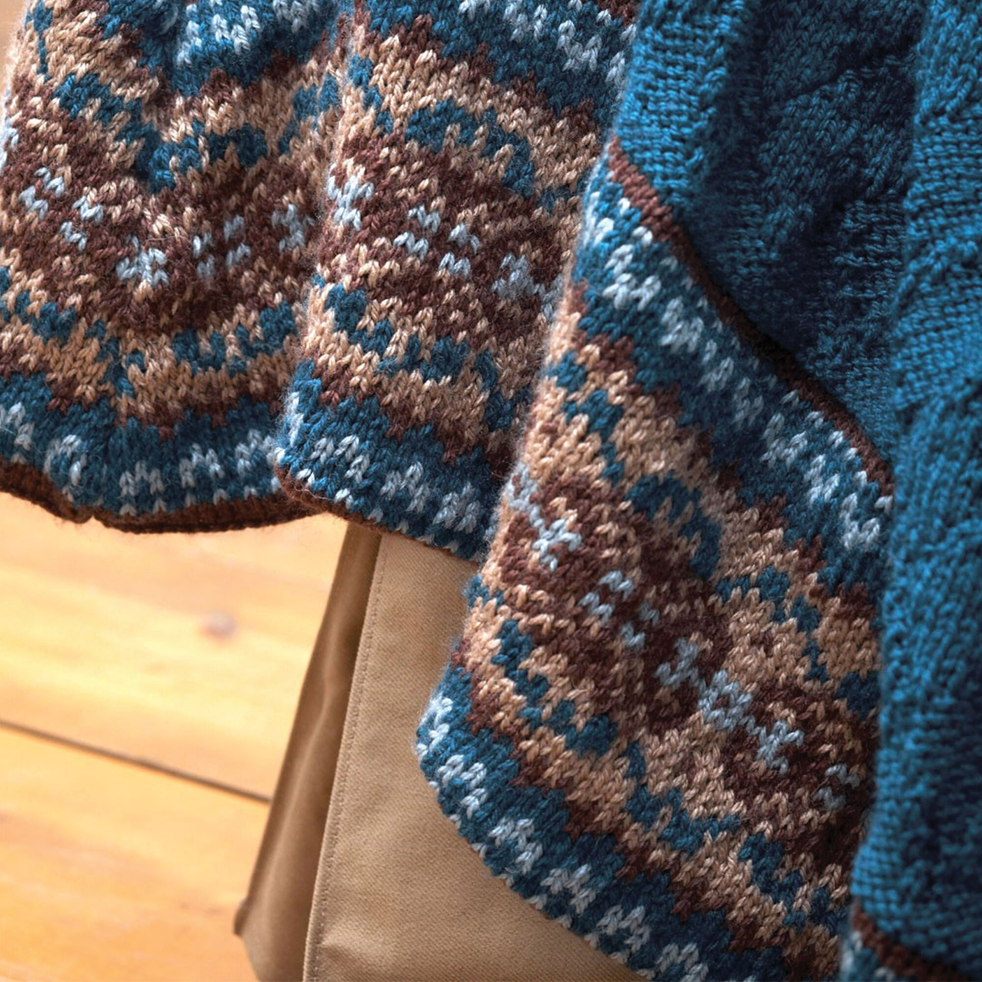 Patons Fair Isle Border Blanket and Pillow, Blanket and Pillow ...