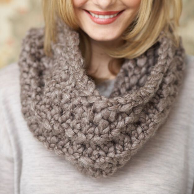Patons Twirling Cowl in color