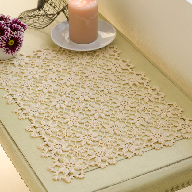 Aunt Lydia's Apple Blossom Placemat in color