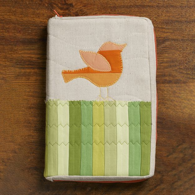 Coats & Clark Little Bird Zipped Book Cover in color