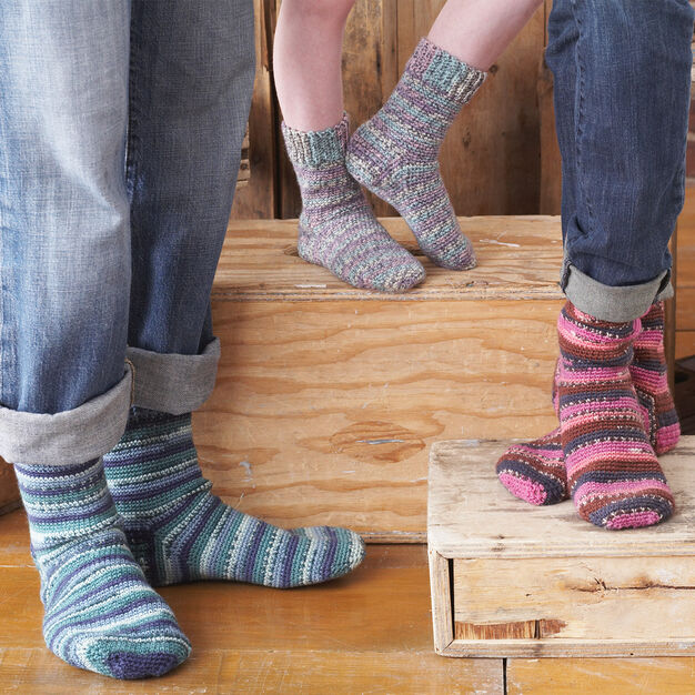 Patons Family Crochet Socks, Kids - Size 2-4