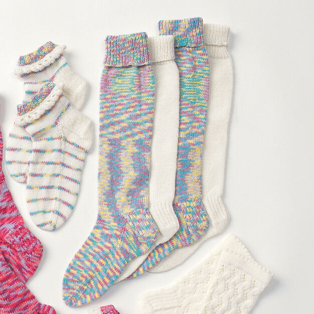 Patons Child's Long Stockings, 2-4 yrs