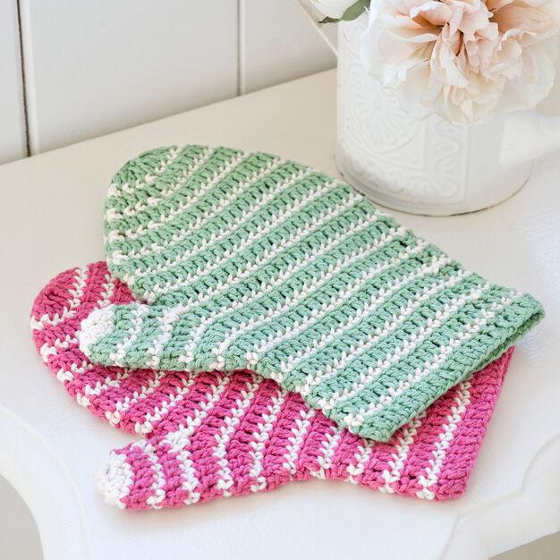 Red Heart Crochet Bath Mitt in color