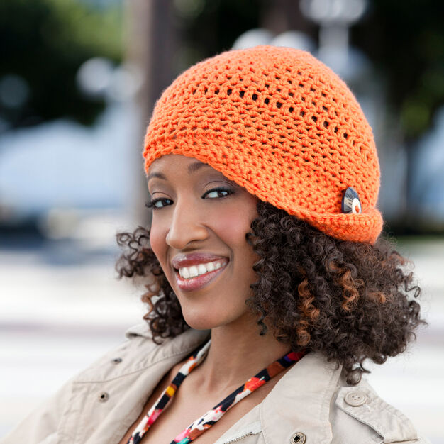 Red Heart Fashionable Flapper Hat in color