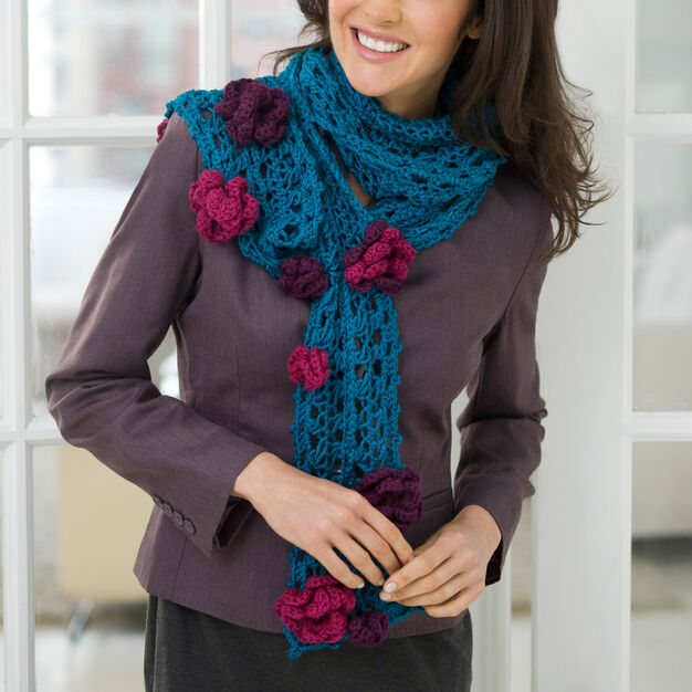 Red Heart Hairpin Lace & Flowers Scarf in color