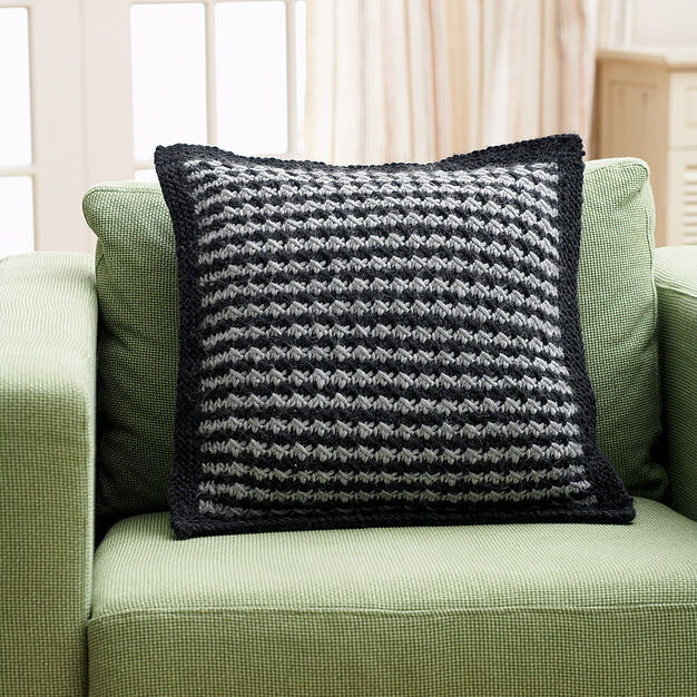 Bernat Houndstooth Pillow in color