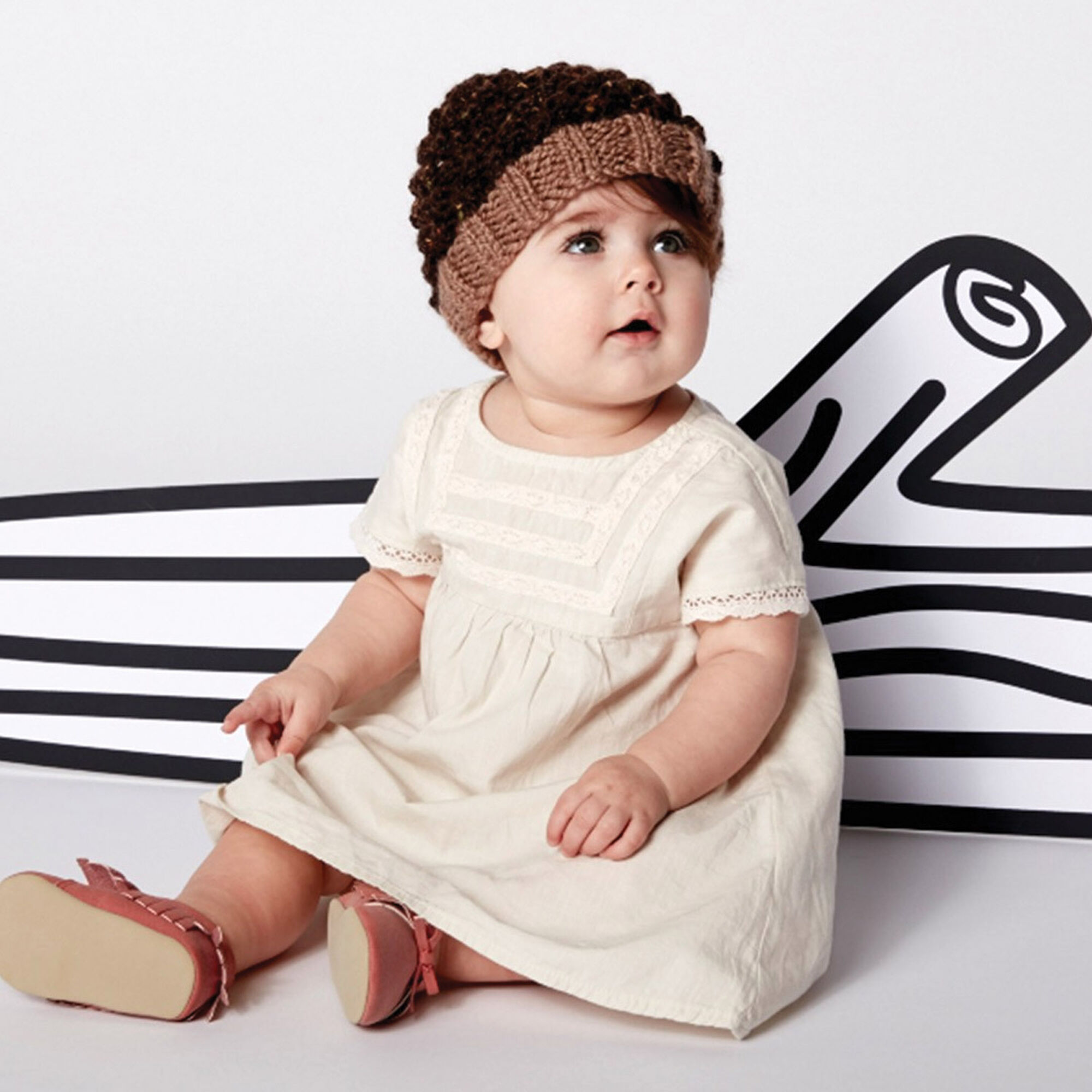 3f816a870 Patons Little Acorn Hat | Yarnspirations