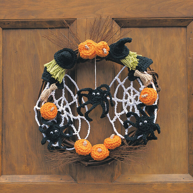 Lily Sugar'n Cream Trick or Treat Wreath in color