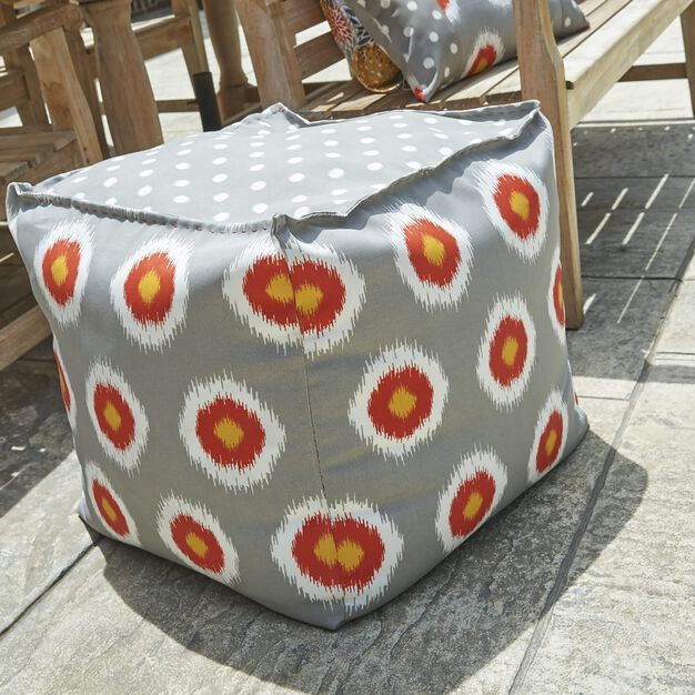 Coats & Clark Outdoor Pouf / Cube in color