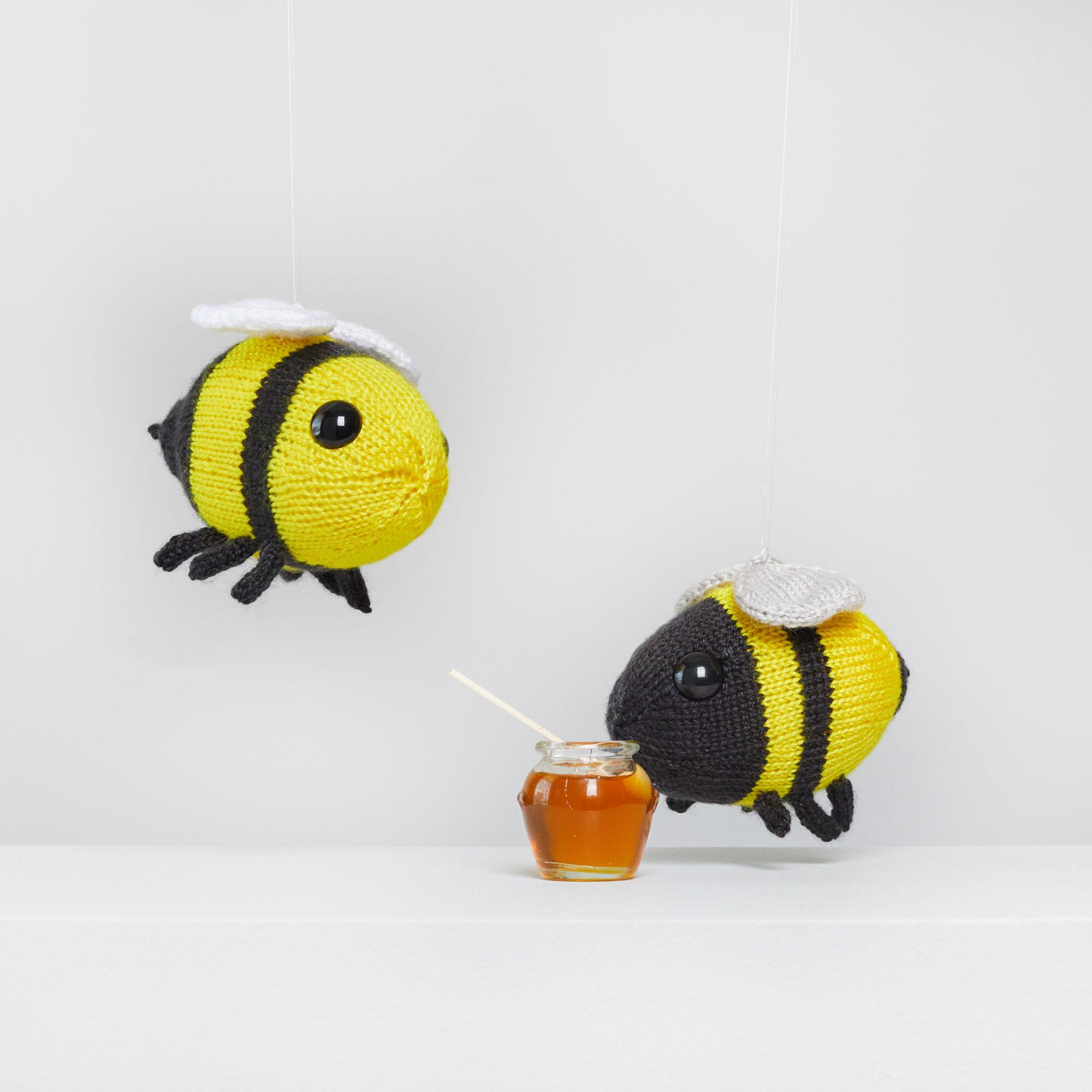 Amigurumi Happiness | Red Heart | Yarn bee, Crochet amigurumi free ... | 2000x2000