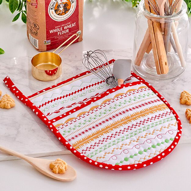 Coats & Clark Holiday Hot Mitt for baking or giving in color