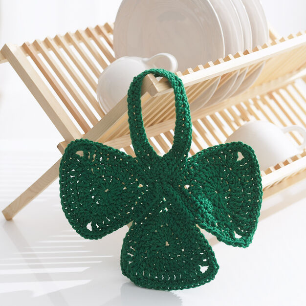 Lily Sugar'n Cream Shamrock Dishcloth in color