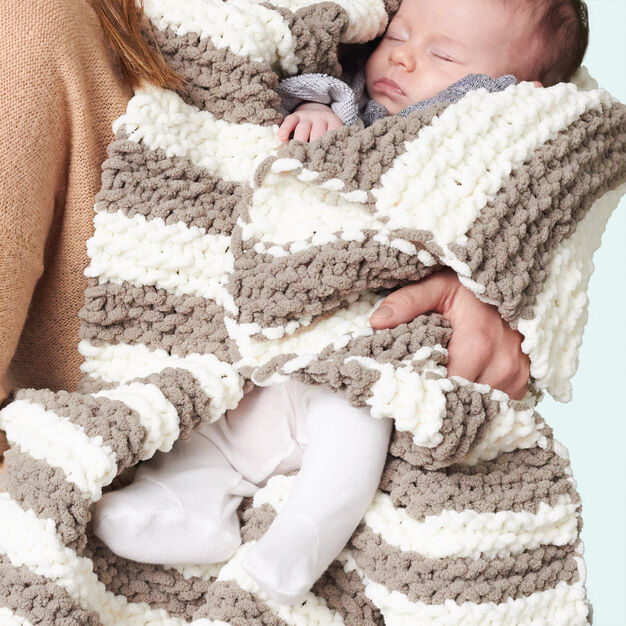 Bernat In A Wink Baby Blanket in color