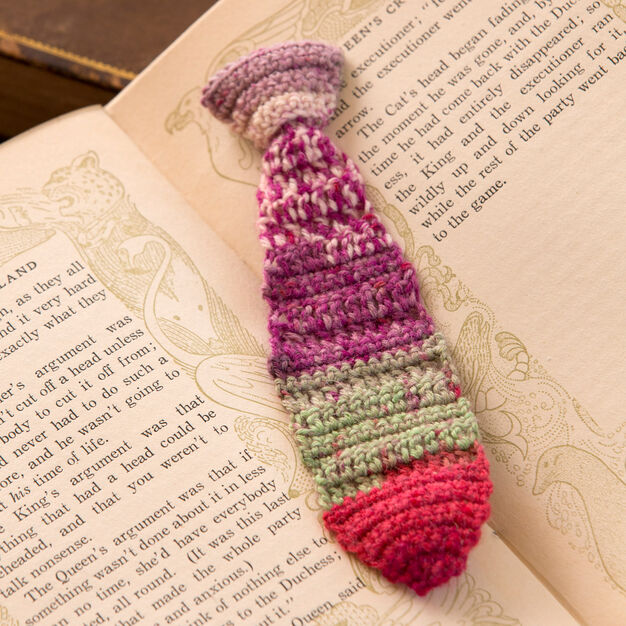 Red Heart Tie Bookmark in color